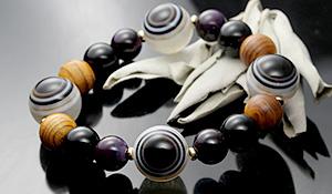 【店長いいね】[★]完全限定品ブレス【四眼結界】(屋久杉最高級特油土埋木・天眼水晶・モリオン・スギライトAAA)