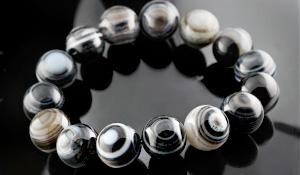 大玉ブレス(天眼石)12〜12.5mm