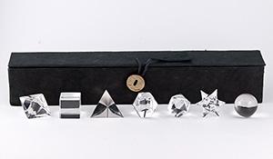 【ヒマラヤ特集】[★]神聖幾何学プラトン立体(ヒマラヤ・ガネーシュヒマール産水晶)【箱付き】